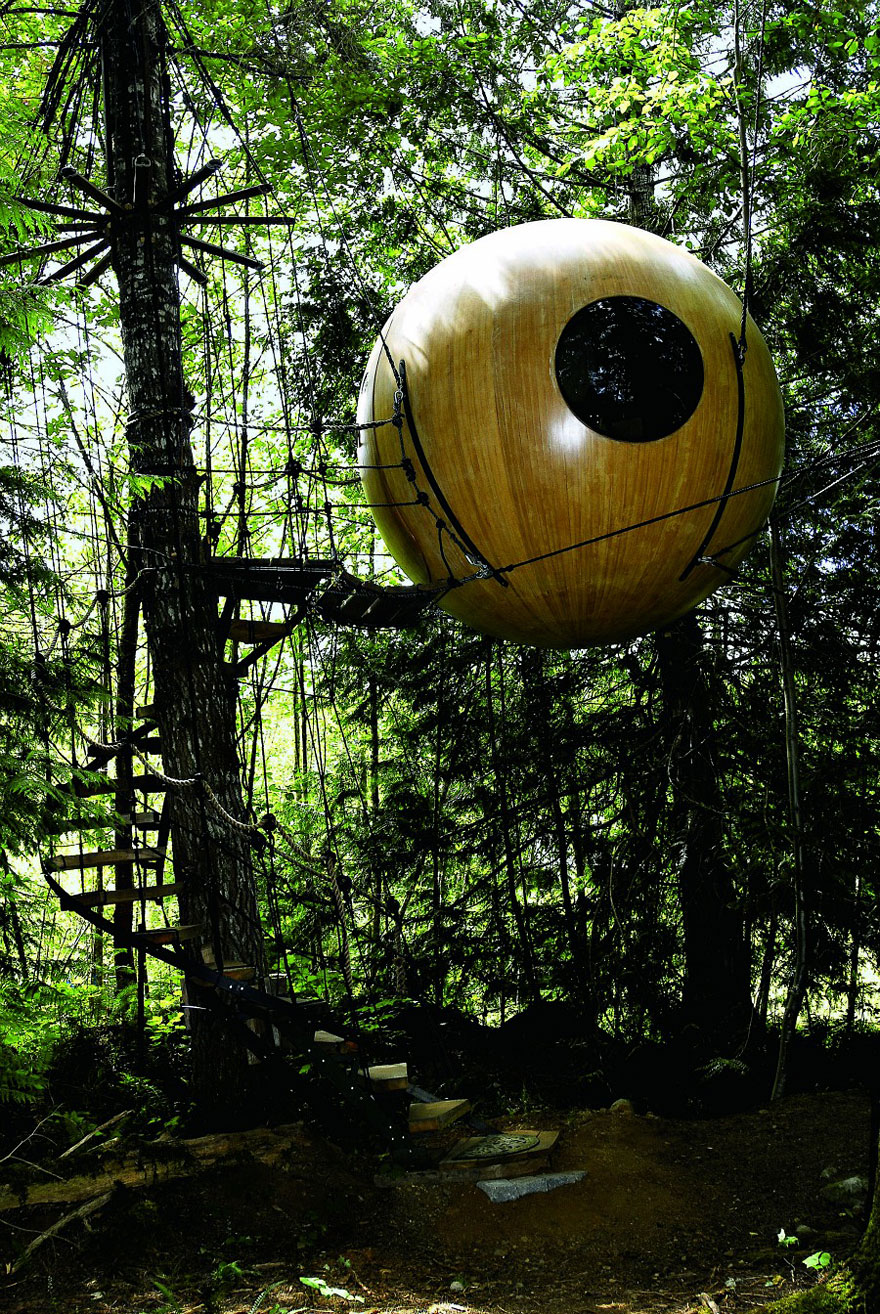 Free Spirit Sphere Treehouse