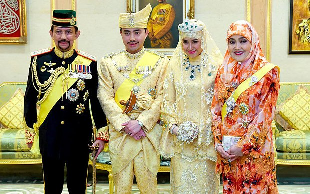 Príncipe Abdul Malik Y Dayangku Raabi'atul 'Adawiyyah Pengiran Haji Bolkiah
