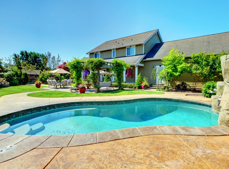 Here's How You Need To Maintain Your Pool